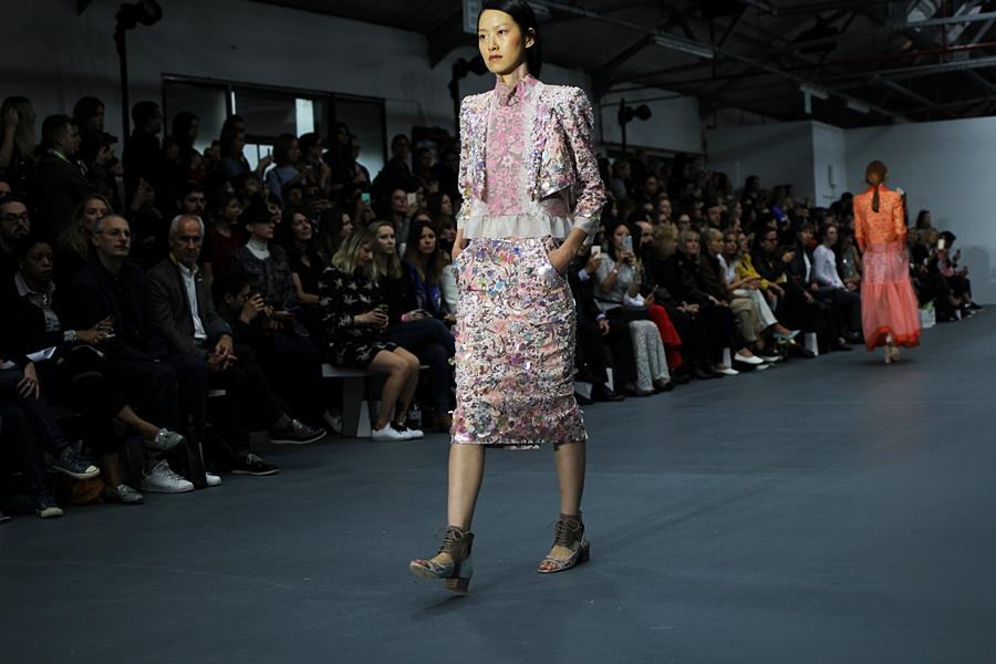 flower print layering bora aksu london fashion week ss16