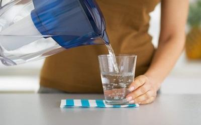 Tips Cerdas Turunkan Kadar Gula Darah dengan Air Putih