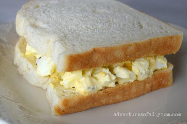 boiled egg salad sandwich