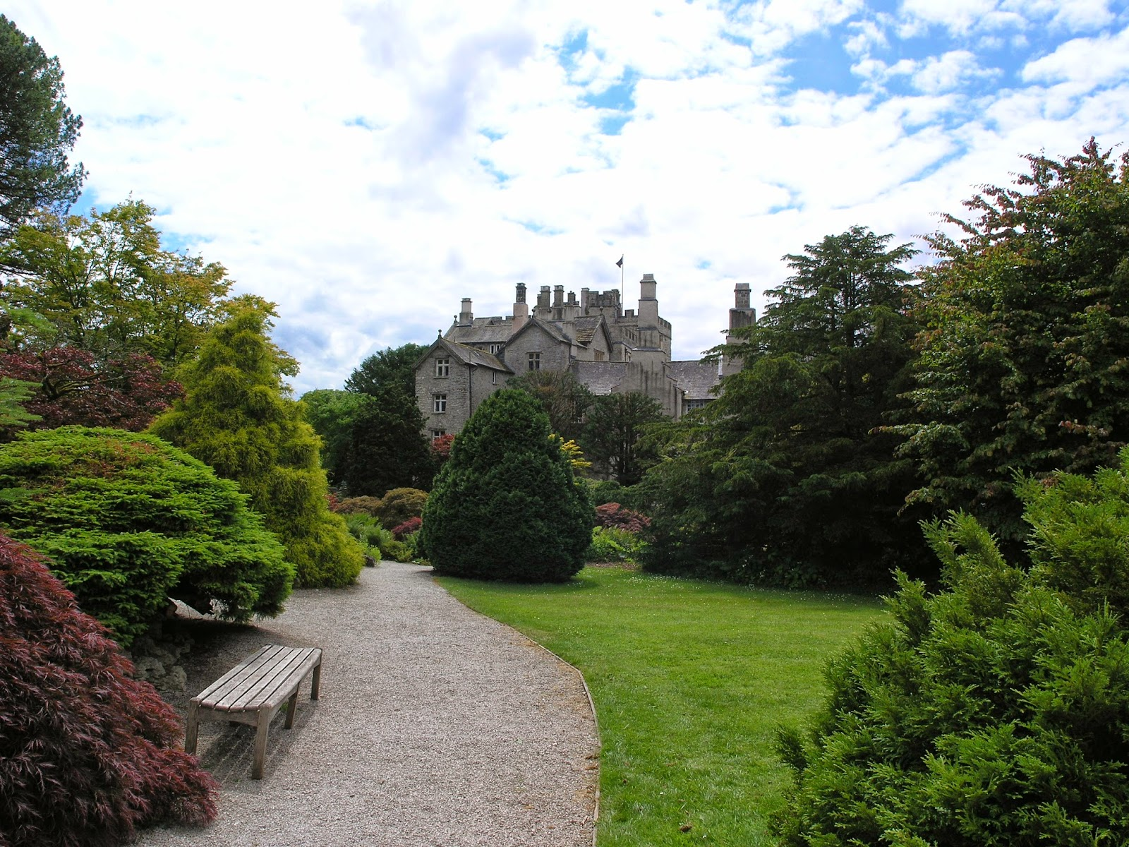 It Is An Enjoyable And Largely Unpretentious Place To Visit, Set Within A  Lush Green And Verdant Landscape. The Castle Is Still Inhabited By The  Strickland ...