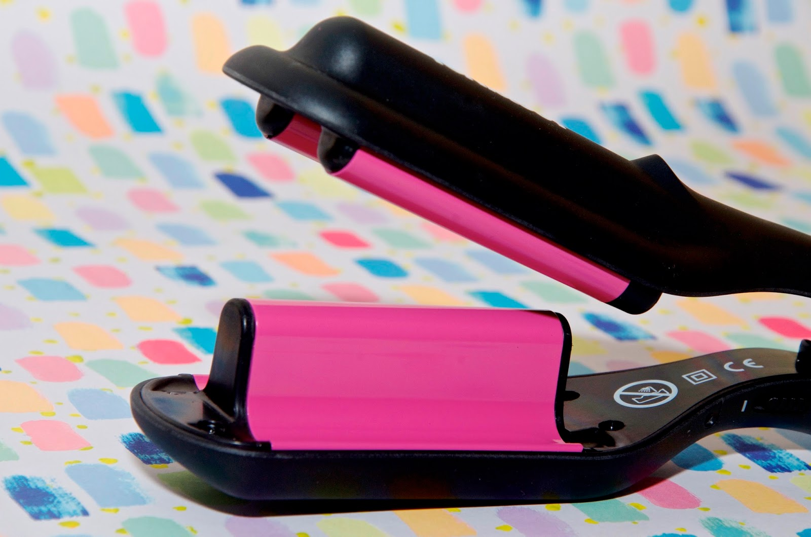 pink travel hair waver