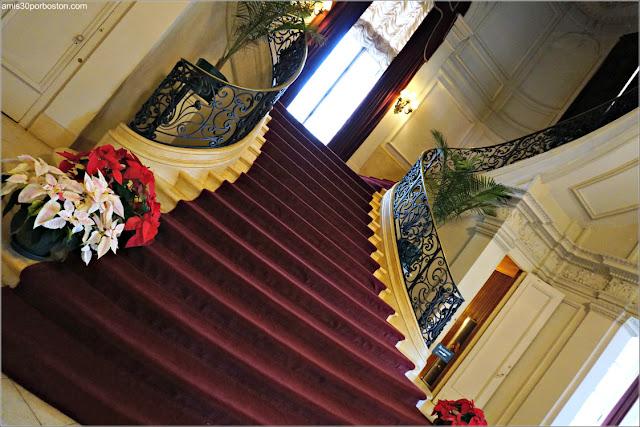 Escaleras Principales de la Mansión Rosecliff, Newport