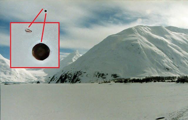 Two UFOs Caught Over Snowy Mountains In Anchorage, Alaska Eagle%252C%2Bnebula%252C%2Bfigure%252C%2Bprobe%252C%2Bmountain%252C%2Baliens%252C%2Balien%252C%2BET%252C%2Bplanet%2Bx%252C%2Banunnaki%252C%2Bgods%252C%2Bgod%252C%2Bangels%252C%2Bdemons%2BMars%252C%2Bsecret%252C%2Bwtf%252C%2BUFO%252C%2Bsighting%252C%2B2