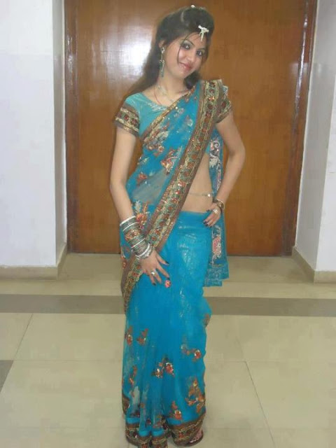 desi-girl-in-full-sari