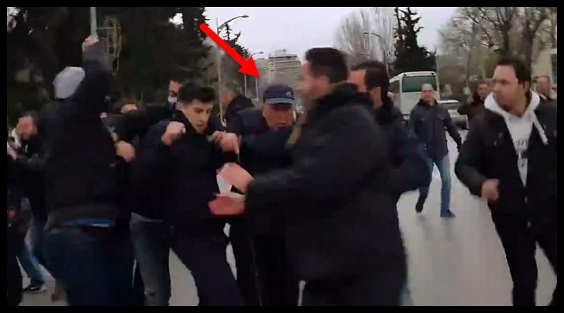 Επίθεση σε Ζουράρι στο συλλαλητήριο της Θεσσαλονίκης