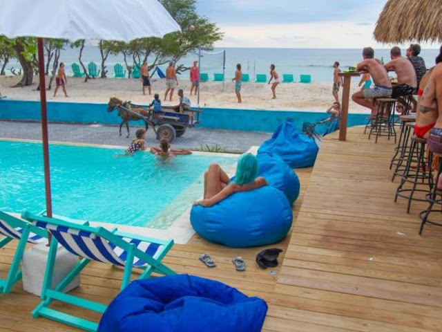 kolam renang Le Pirate Beach Club Gili Trawangan