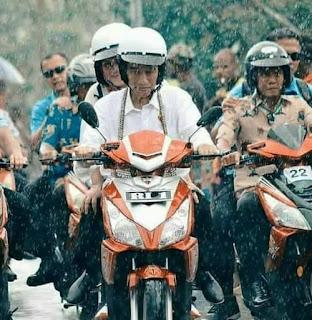 Presiden Jokowi blusukan ke Suku Asmat Papua