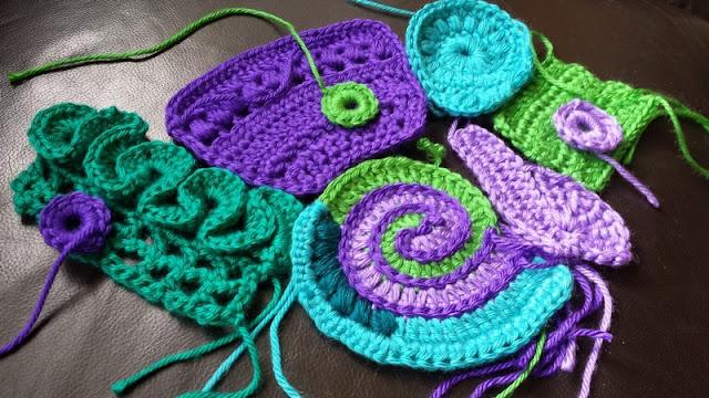 Lindevrouwsweb Free Form Crochet Along