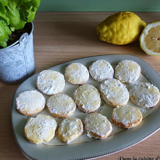 https://danslacuisinedhilary.blogspot.com/2014/09/sables-citron-et-basilic-lemon-and.html#links