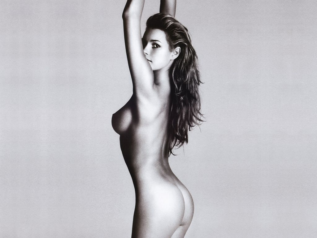 Alena Seradova Nude 39