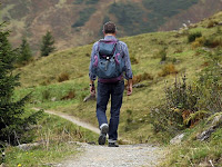 5 Manfaat Luar Biasa Yang Akan di Dapatkan Ketika Anda Pergi Merantau