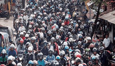 Tips Aman Mengendari Sepeda Motor Saat Mudik Lebaran