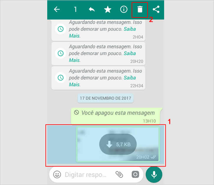 Selecionando mensagem no WhatsApp para apagar após o período de 7 minutos.