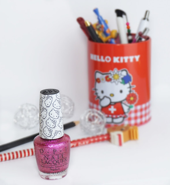 OPI - Starry-Eyed for Dear Daniel (Hello Kitty Collection 2016)