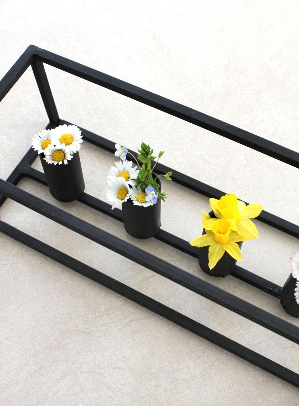 DIY Blumenstrauß in Kerzenständer