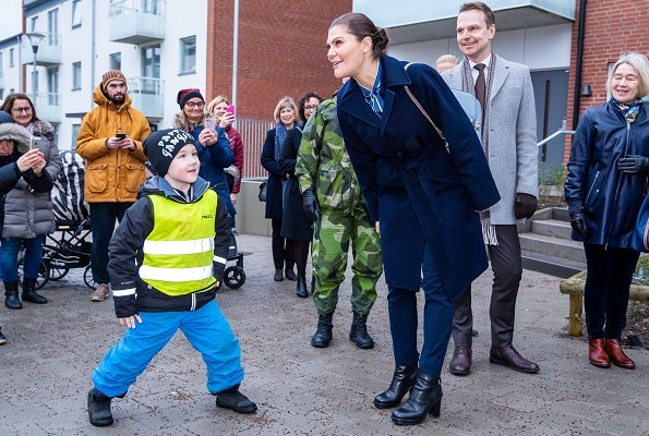 Crown Princess Victoria wore GANT Vertical Striped Bow Blouse and Dagmar jacket