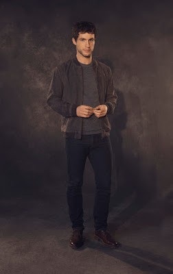 Imposters Rob Heaps Image 3 (24)