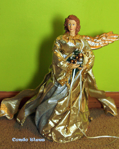 Condo Blues: How to Make a Christmas Tree Topper Angel
