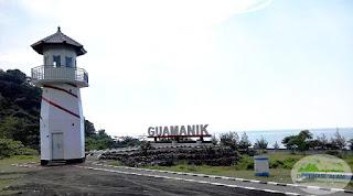 Pantai Gua Manik Jepara