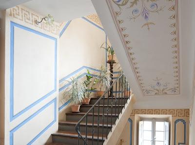 Boiserie c stencil project pi di 58 idee per pareti for Stencil per pareti