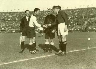 La partita della riunificazione, nel marzo 1938. Sindelar capitano dell'Austria per l'ultima partita del Wunderteam.