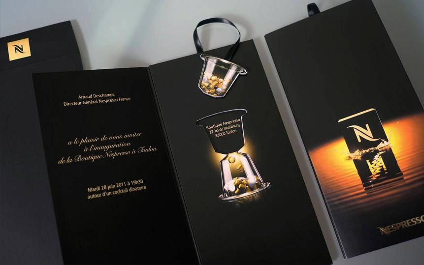 In nhanh Brochure đẹp tại xưởng Hà Nội, thiết kế Brochure độc đáo chuyên nghiệp NESPRESSOR AmyPrint