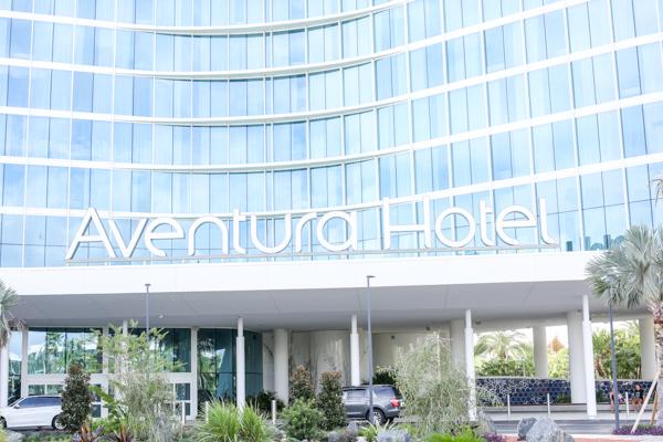 Universal's Aventura Hotel | Chasing Cinderella Blog