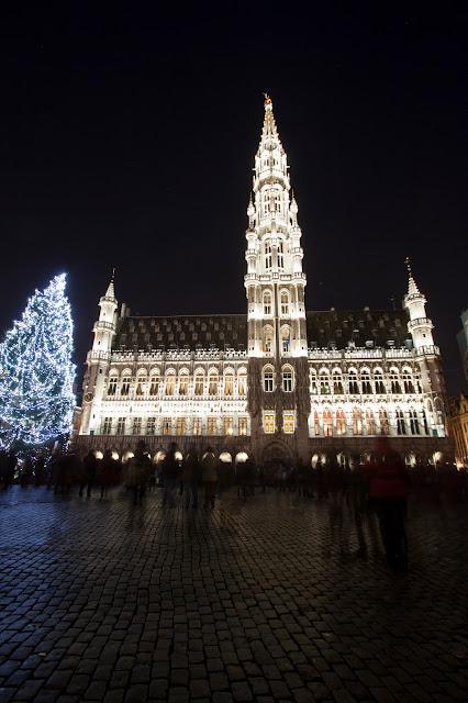 Spettacolo di luci e suoni alla Grande Place-Bruxelles