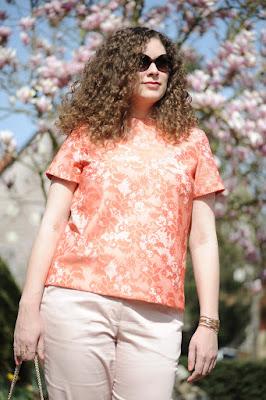 http://seaofteal.blogspot.de/2015/04/aufgebluht-rosa-und-koralle-spring.html