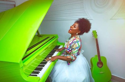 Omawumi releases stunning new photos