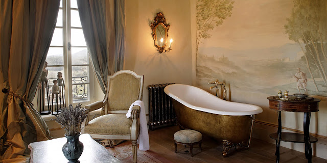 Breathtaking suite at the Italian villa Borgo Santo Pietro - found on Hello Lovely Studio
