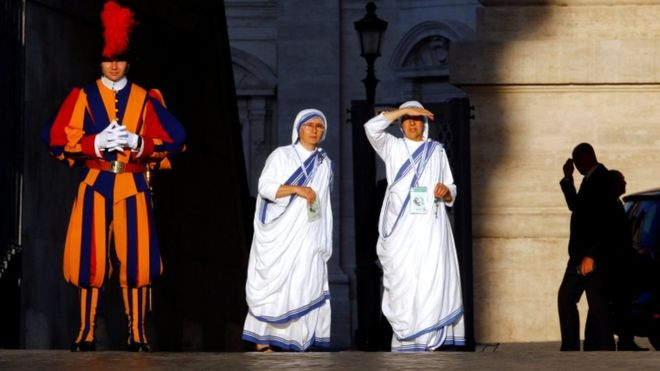 Mother Teresa to be declared a saint in Vatican ceremony