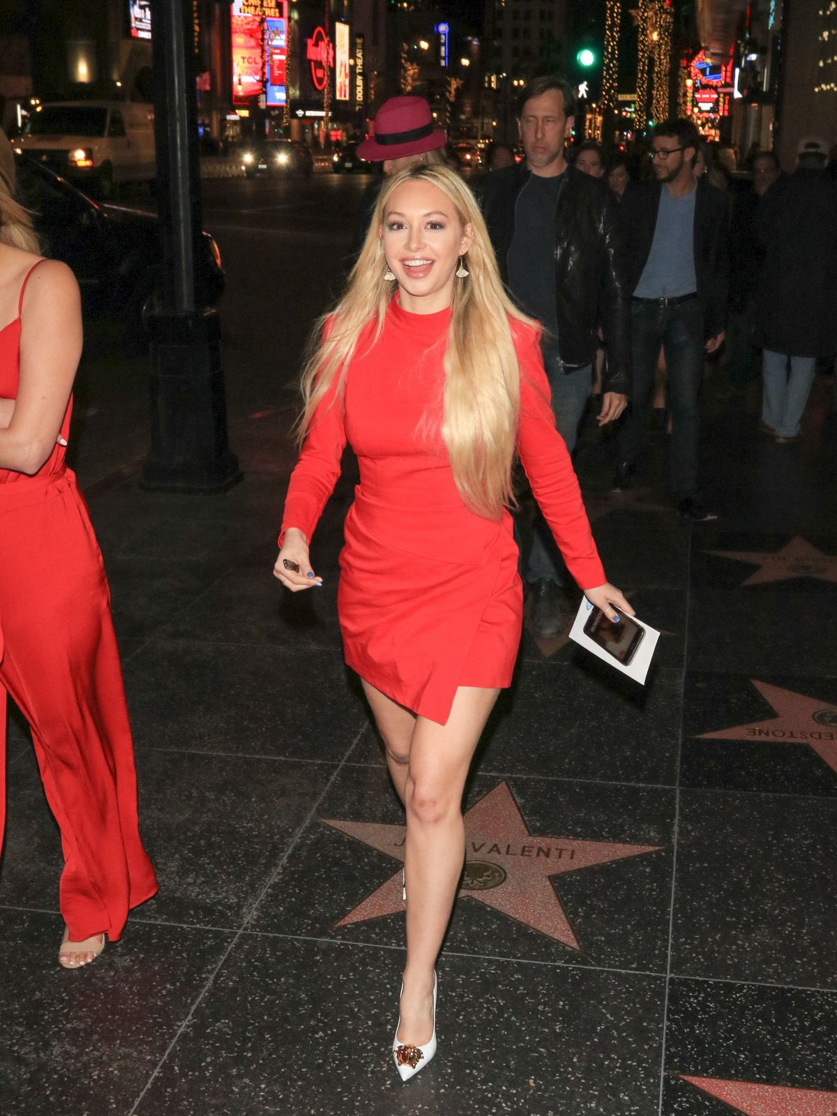 HD Photos of Corinne Olympios at Father Figures Premiere in Hollywood