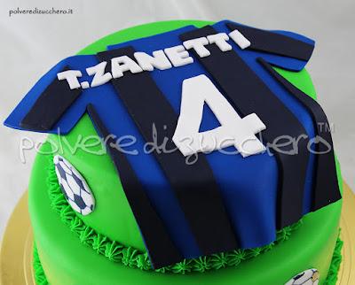 cake design torte decorata pasta di zucchero inter calcio zanetti polvere di zucchero