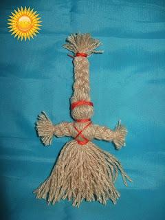 Славянские куклы-обереги: обо всех понемногу (часть 2 ) http://prazdnichnymir.ru/ куклы обережные, куклы славянские, традиции славянские, куклы, поверья народные, магия народная, куклы народные, куклы обрядовые, обереги своими руками, обереги для дома, обереги для семьи, обереги на благополучие, куклы праздничные, рукоделие, творчество народное, культура народная, культура славянская, обереги славянские, куклы своими руками, мастерим с детьми, коллекция, энциклопедия Краткая, Зерновушка, Малненица, Берегиня, Кукла на беременность, Метлушка, Лихоманки, Баба Яго, Столбушка, Радуница, Благополучница, Подорожница, Желанница, Ангел, Жаворонки, Счастье, Ярило, Зайчик-на-пальчик, куклы из ниток, куклы тряпичные, куклы-мотанки, куклы-скрутки,Славянские куклы-оберегиСлавянские куклы-обереги — http://prazdnichnymir.ru/ http://deti.parafraz.space/ http://eda.parafraz.space/ http://handmade.parafraz.space/