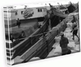 Perdagangan antardaerah atau antarpulau sudah dimulai sejak zaman nenek moyang kita Perdagangan Antardaerah atau Antarpulau dan Perdagangan Internasional