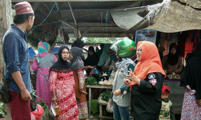 Sosialisasikan Pilkada 2018, KPU Sinjai Sasar Pasar Tradisional