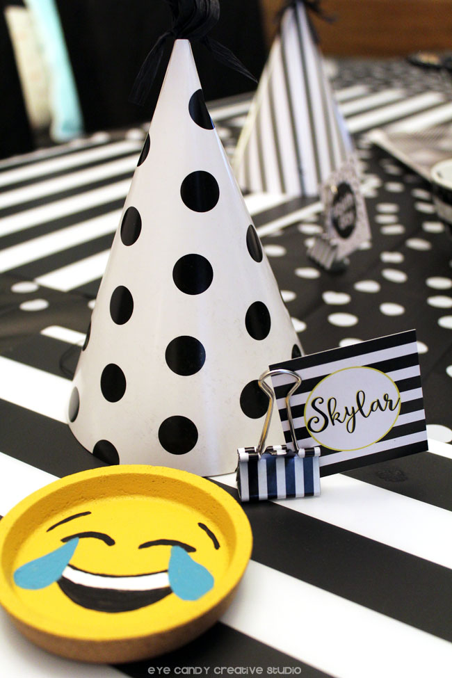 emoji coasters, polka dots, black & white decor, emoji party ideas