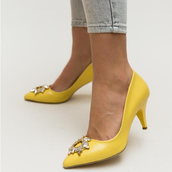 Pantofi eleganti de zi cu toc mediu la moda cu brosa argintie