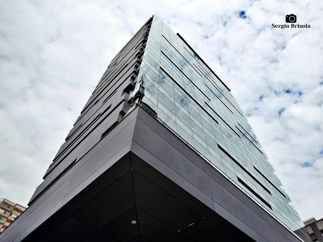 Perspectiva inferior do edifício Sesc Avenida Paulista - Bela Vista - São Paulo