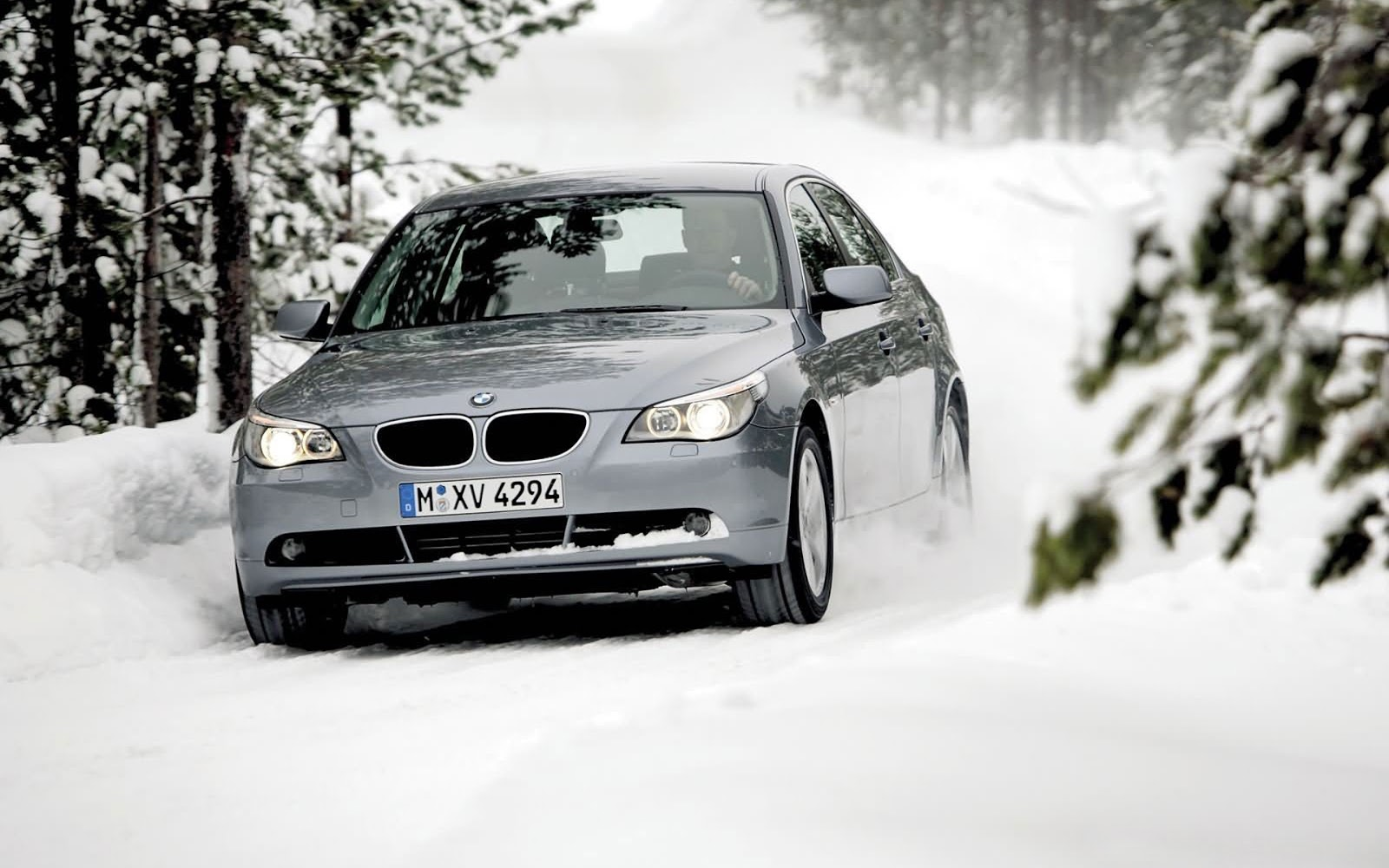 BMW On Snow HD Wallpapers � wallpaper202
