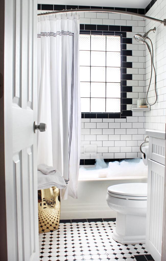 hunted interior splish splash  a look into our bath