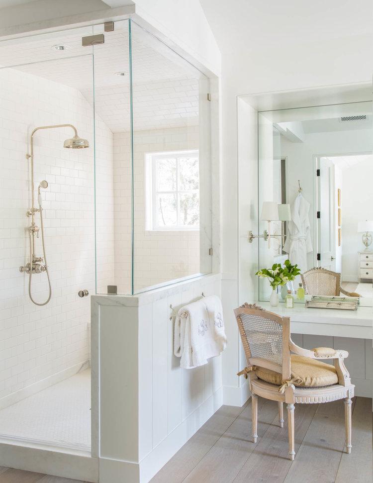 Beautiful modern farmhouse style bathroom inspiration (Giannetti Home) on Hello Lovely Studio