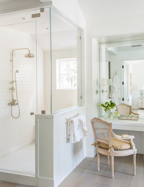 Beautiful modern farmhouse style bathroom inspiration (Giannetti Home) on Hello Lovely Studio