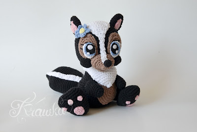 Krawka: Skunk Flower - disney bambi inspired crochet pattern by Krawka