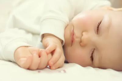 Perkembangan bayi usia 7 bulan