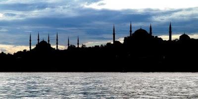 Rüyada Şehir Görmek ile alakalı tabirler, Rüyada görmek ne anlama gelir, nasıl tabir edilir? Rüya tabirlerine göre ve dini rüya tabirlerinde anlamı tabiri nedir
