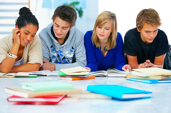 Hồ sơ du học Mỹ cần những gì?
