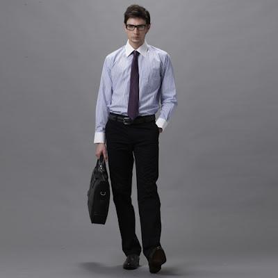 Hindari Warna Pakaian Ini Saat Wawancara Kerja