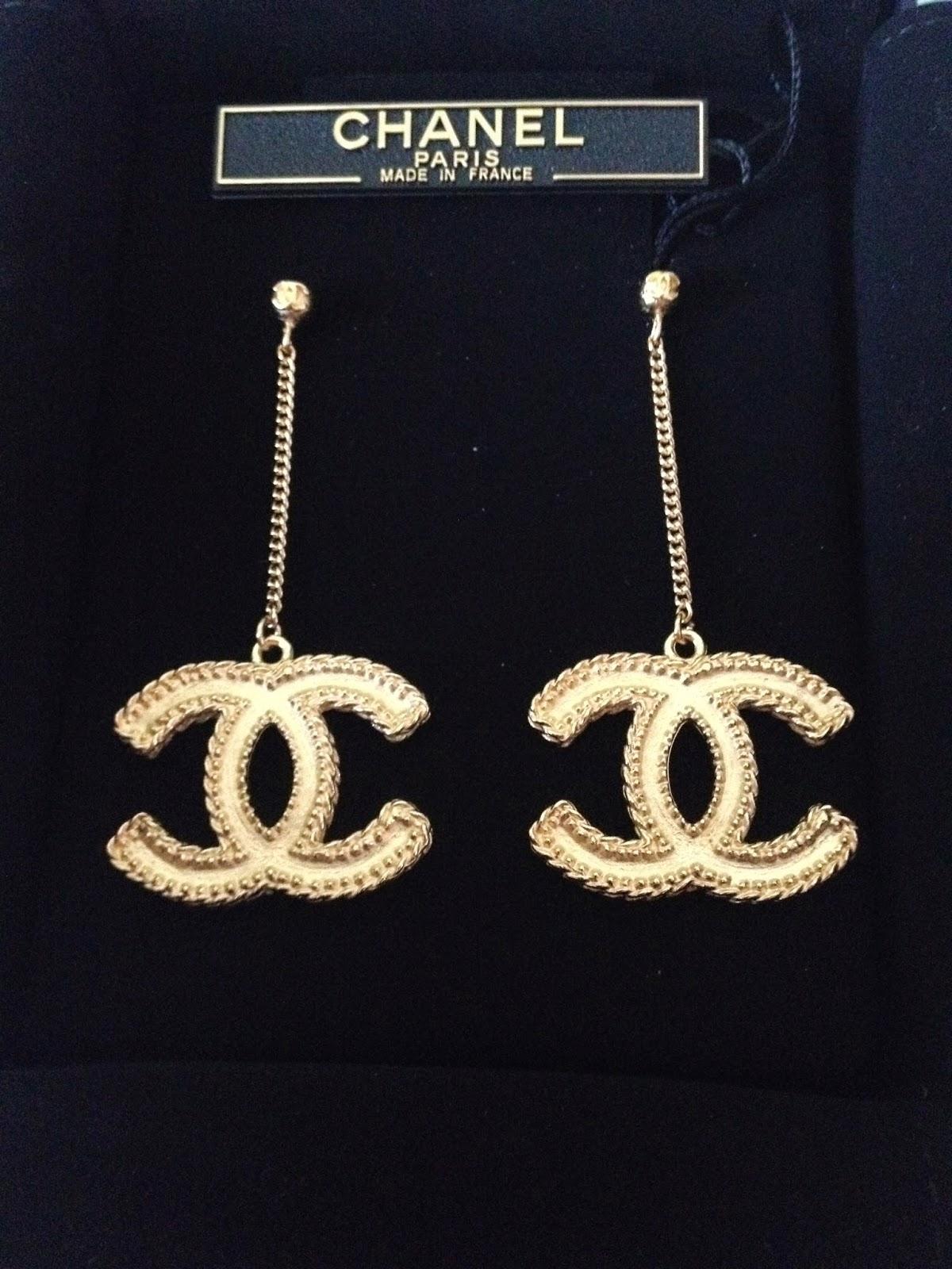 Chanel earrings for sale: Chanel Earrings LARGE CC LOGO ...